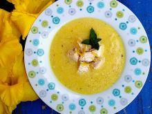 Cytrynowa zupa grecka z kurczakiem i makaronem