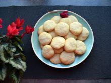 Cytrynowe ciasteczka z kaszą manną