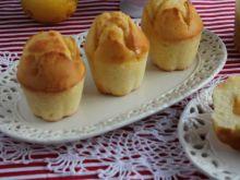 Cytrynowe muffiny z lemon curd