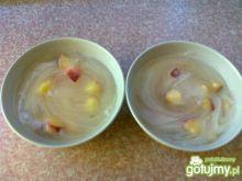 Cytrynowy kisiel z brzoskwiniami