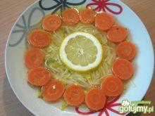 Cytrynowy rosół z indyka