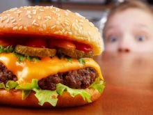 Czego unikać w jadłospisie dzieci?