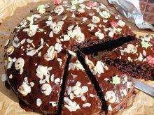 Czekoladowe ciasto z pieczonych buraków