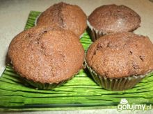 Czekoladowe muffinki z budyniem
