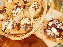 Czekoladowe muffinki  z jabłkami