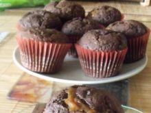 Czekoladowe muffinki z karmelem