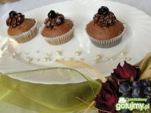 Czekoladowe muffinki  z kremem