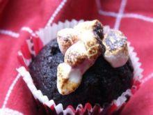 Czekoladowe muffinki z piankami