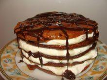 Czekoladowe pancakes z twarożkiem