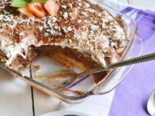Czekoladowe tiramisu z miętą i owocami