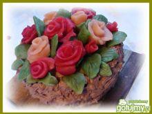 Czekoladowy koszyk róż