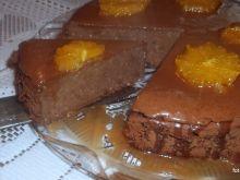 Czekoladowy sernik z karmelizowaną pomarańczą