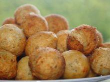 Czosnkowe kuleczki ziemniaczane