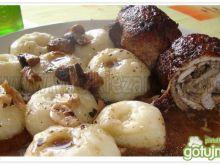 Czosnkowe roladki z bazylią i oregano