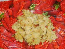 Czosnkowe ziemniaki w jajku