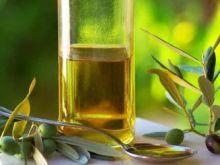 Czysta oliwa podczas smażenia