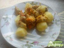 Danie z kurczakiem i chińskimi warzywami