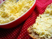 Delikatna pasta jajeczna