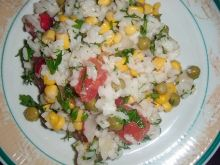 Delikatna sałatka z ryżem
