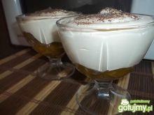 Deser cappuccino ze śliwkami