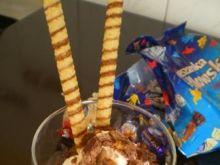 Deser lodowy z cukierkami
