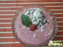 Deser mleczno-truskawkowy z lodami