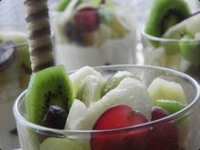 Deser serowo-owocowy.