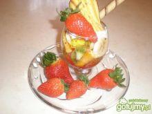 Deser truskawkowa pokusa