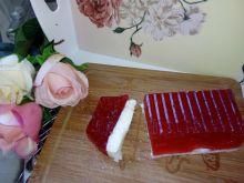 Deser truskawkowo-grysikowy