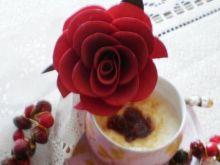 Deser waniliowo-różany z kaszki Bebilon: