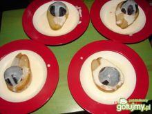 Deser z gruszkowo-śliwkowy