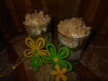 Deser z kruszonką i kiwi