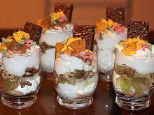 Deser z pysznymi ciasteczkami