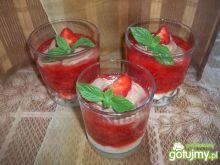 Deser z truskawkami i mascarpone