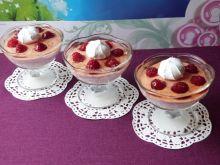 Deser z twarożkiem i owocami