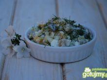 Dietetyczna sałatka z małosolniakiem