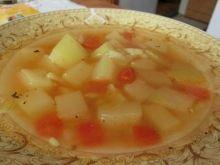 Dietetyczna zupa z cukinii