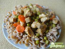Dietetyczny gulasz z zielonym groszkiem