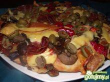 Domowa pizza z grzybami