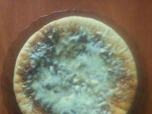 Domowa pizza z serem i pieczarkami Kaja
