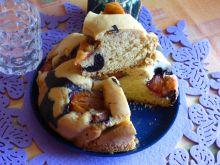 Domowe ciasto ze śliwkami