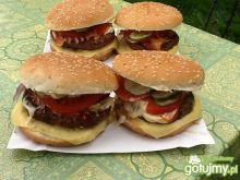 Domowe hamburgery z grilla