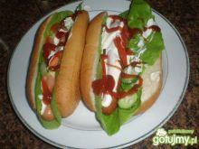 Domowe hot- dogi