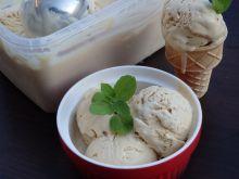 Domowe lody kajmakowe
