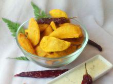 Domowe nachosy z dipem serowym