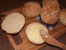 Domowe śniadaniowe bułeczki