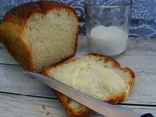 Domowy chlebek na mleku