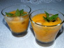 Drink brzoskwiniowo - miętowy