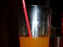 Drink o smaku żurawiny