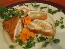 Drobiowa rolada nadziana mielonym i mozzarellą